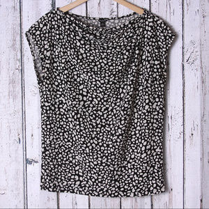 Ann Taylor Black & White Dot Print Top Size M